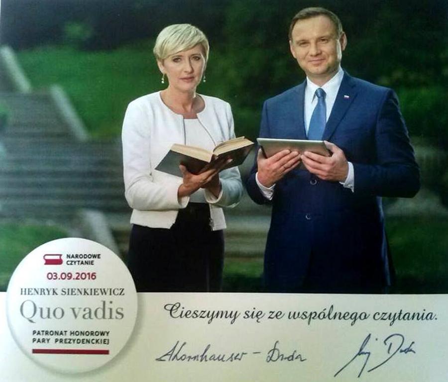 Narodowe Czytanie 2016 - Henryk Sienkiewicz - Quo Vadis (fot. Powiatowa i Miejska Biblioteka Publiczna w Skarżysku)
