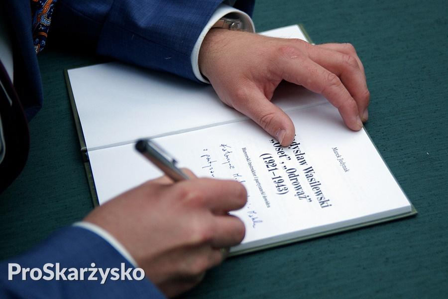 marek-jedynak-wasilewski-oset-ksiazka-018