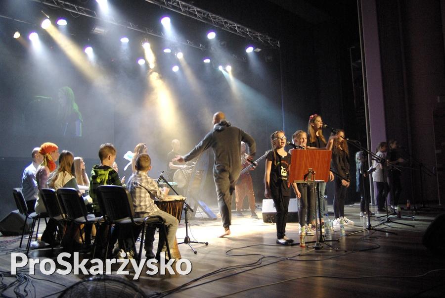 male-sie-koncert-mck-004