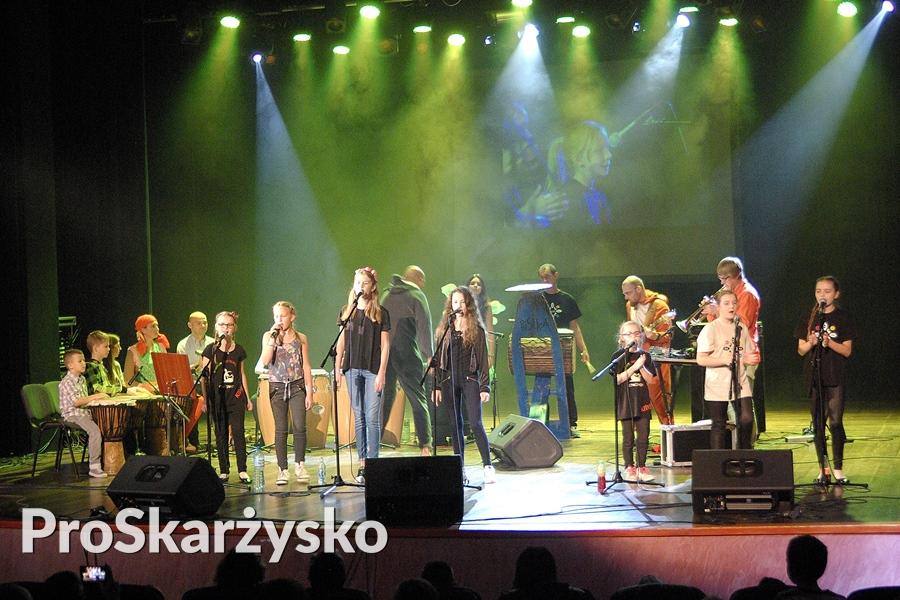 male-sie-koncert-mck-007