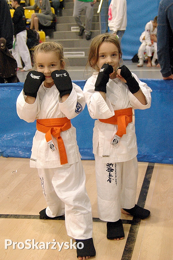 Bliźniaczki Nadia (z lewej) i Nikola Pieniążek spotkały się ze sobą w finale