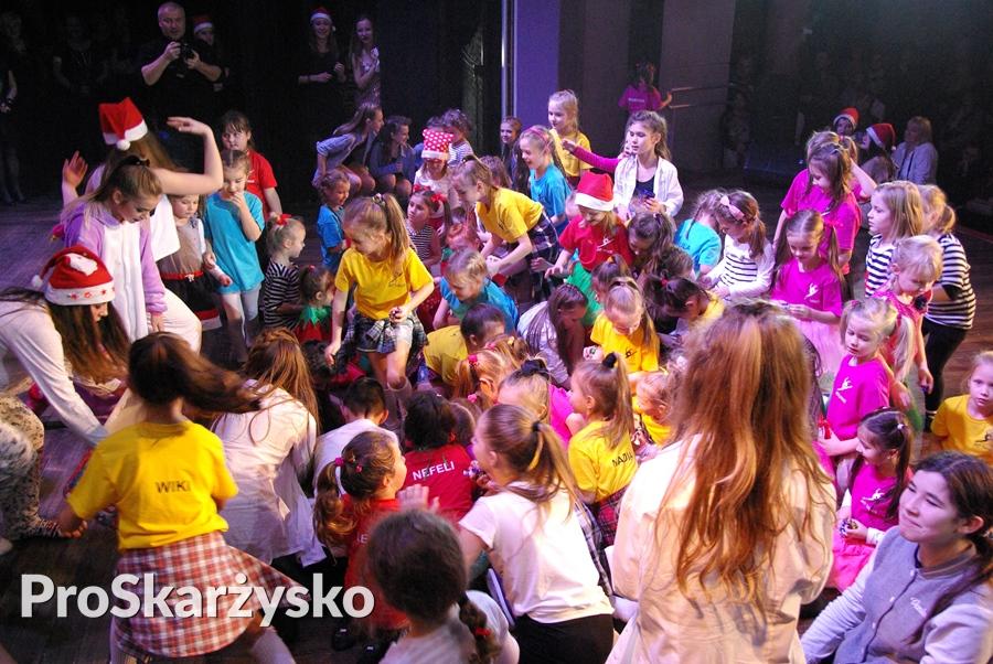 strefa-tanca-art-dance-koncert-swiateczny-066