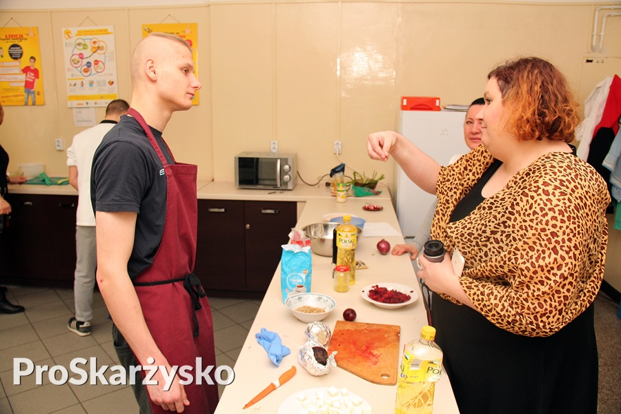 Konkurs kulinarny Festiwal sałatek - Zespół Szkół Resocjalizacyjno-Wychowawczych